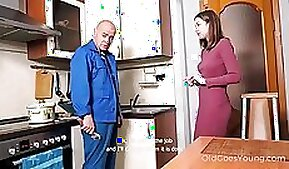 chums daughter teaches dad Step Into My Shower