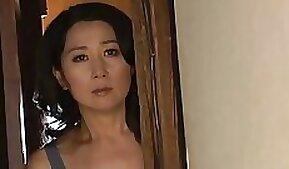 Cock-hungry Japanese mother wife Lili Langgerian masturbating